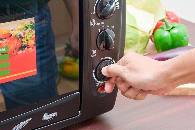 điều chỉnh nhiệt độ lò nướng phù hợp